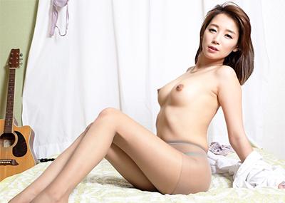 【韓国人エロ画像】日本人とよく似た風貌のコリアン女性の美しいヌード画像