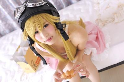 【コスプレエロ画像】着エロもこなす過激なコスプレイヤー逢坂愛の過激コス! 27