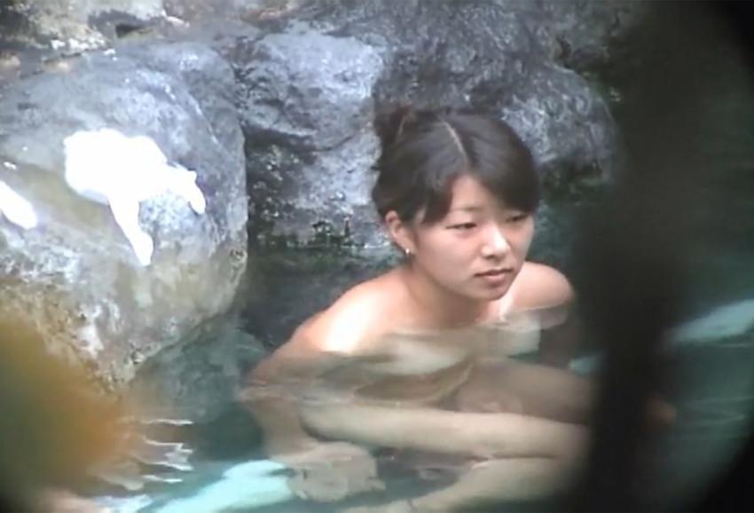【女風呂エロ画像】成人した今となっては未知の領域!女風呂盗撮! 28