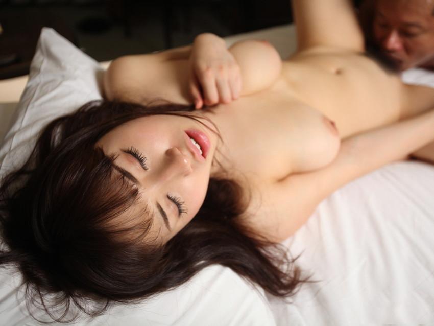 【美熟女エロ画像】これぞまさに美熟女!妖艶な魅力溢れる熟女たちの性欲! 15