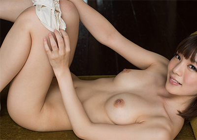 【AV女優エロ画像】各部門ランキング総ナメだと!?大人気AV女優『鈴村あいり』