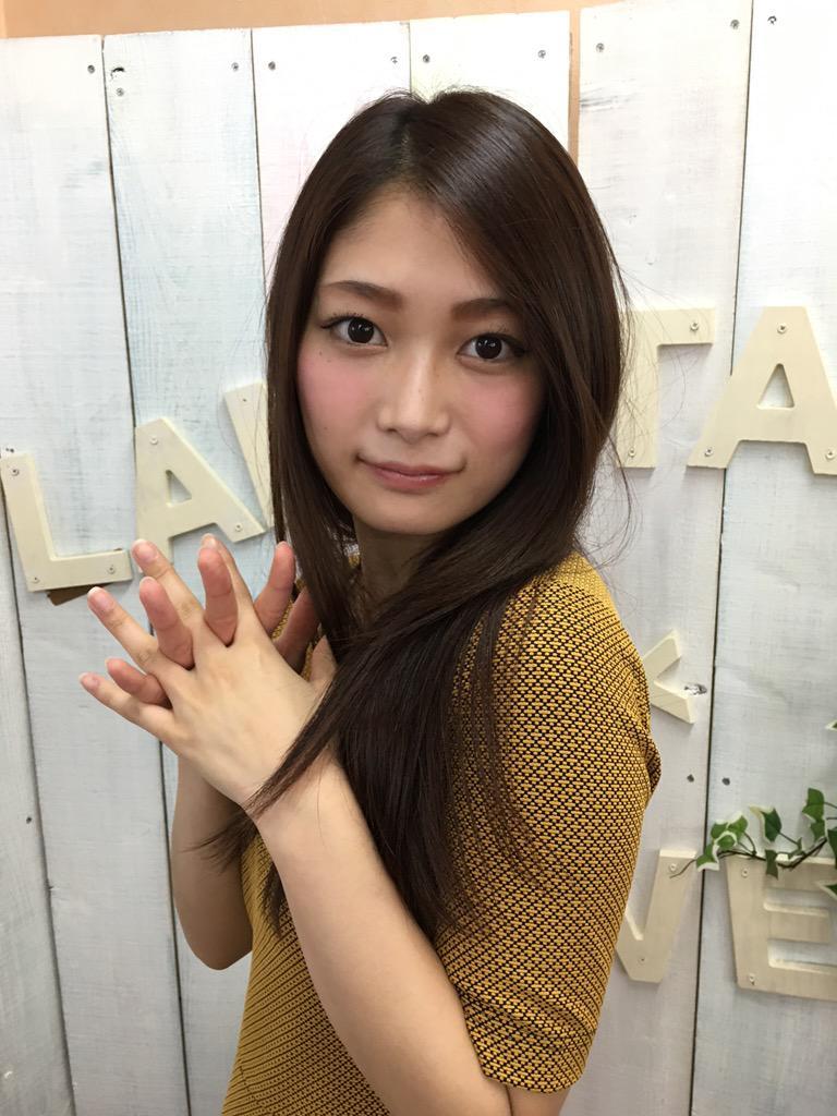 【AV女優エロ画像】OLでありながらAV女優という変わったスタイルのAV女優 05
