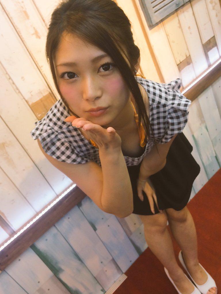 【AV女優エロ画像】OLでありながらAV女優という変わったスタイルのAV女優 12