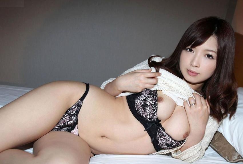 【美熟女エロ画像】熟女はニガテというやつでも、こんな美人熟女ならイケるだろ!? 20