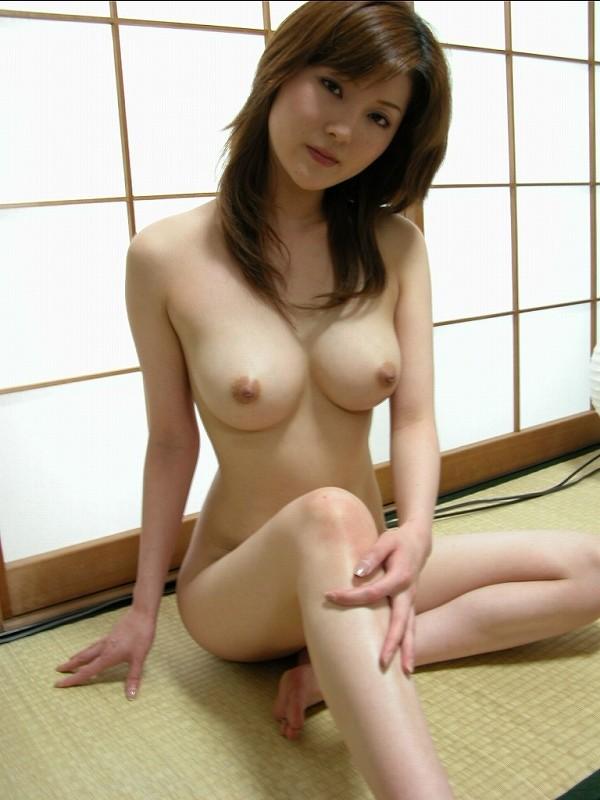 【美熟女エロ画像】熟女はニガテというやつでも、こんな美人熟女ならイケるだろ!? 23