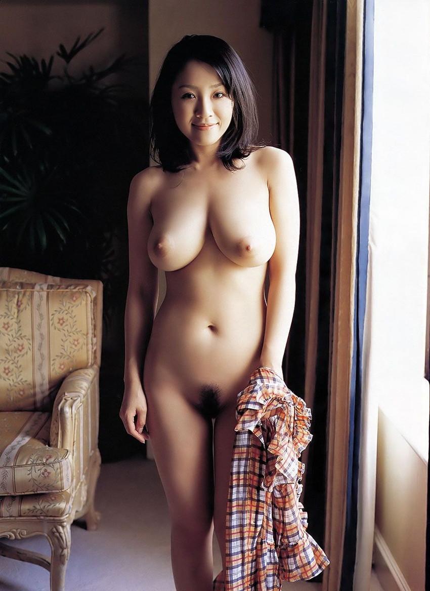 【美熟女エロ画像】熟女はニガテというやつでも、こんな美人熟女ならイケるだろ!? 34