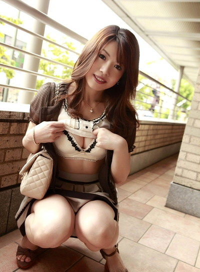 【美熟女エロ画像】熟女はニガテというやつでも、こんな美人熟女ならイケるだろ!? 26