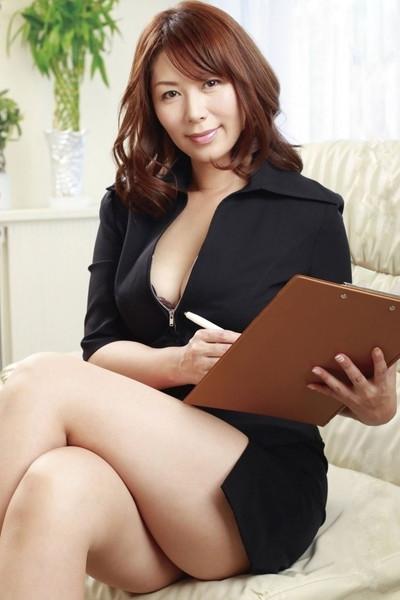 【美熟女エロ画像】熟女はニガテというやつでも、こんな美人熟女ならイケるだろ!? 50