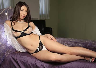 【篠田あゆみエロ画像】正統派の日本人女性!?まさにその雰囲気は大和撫子!