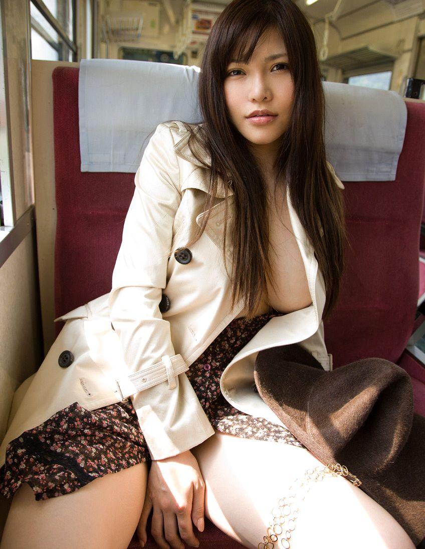 【沖田杏梨エロ画像】なんだこのけしからんおっぱい!Lカップ爆乳のAV女優! 08