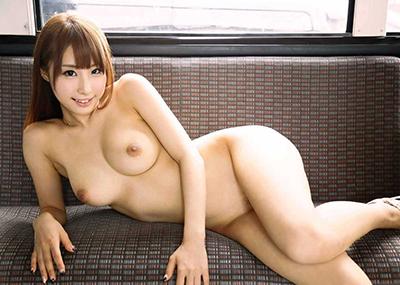 【あやみ旬果エロ画像】そのおっぱいに技有り!エロい乳輪、乳首が堪らないAV女優!