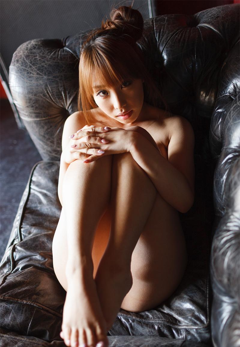 【あやみ旬果エロ画像】そのおっぱいに技有り!エロい乳輪、乳首が堪らないAV女優! 12