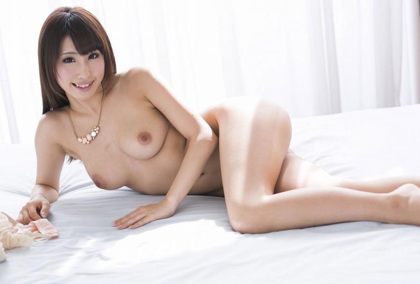 【あやみ旬果エロ画像】そのおっぱいに技有り!エロい乳輪、乳首が堪らないAV女優! 39
