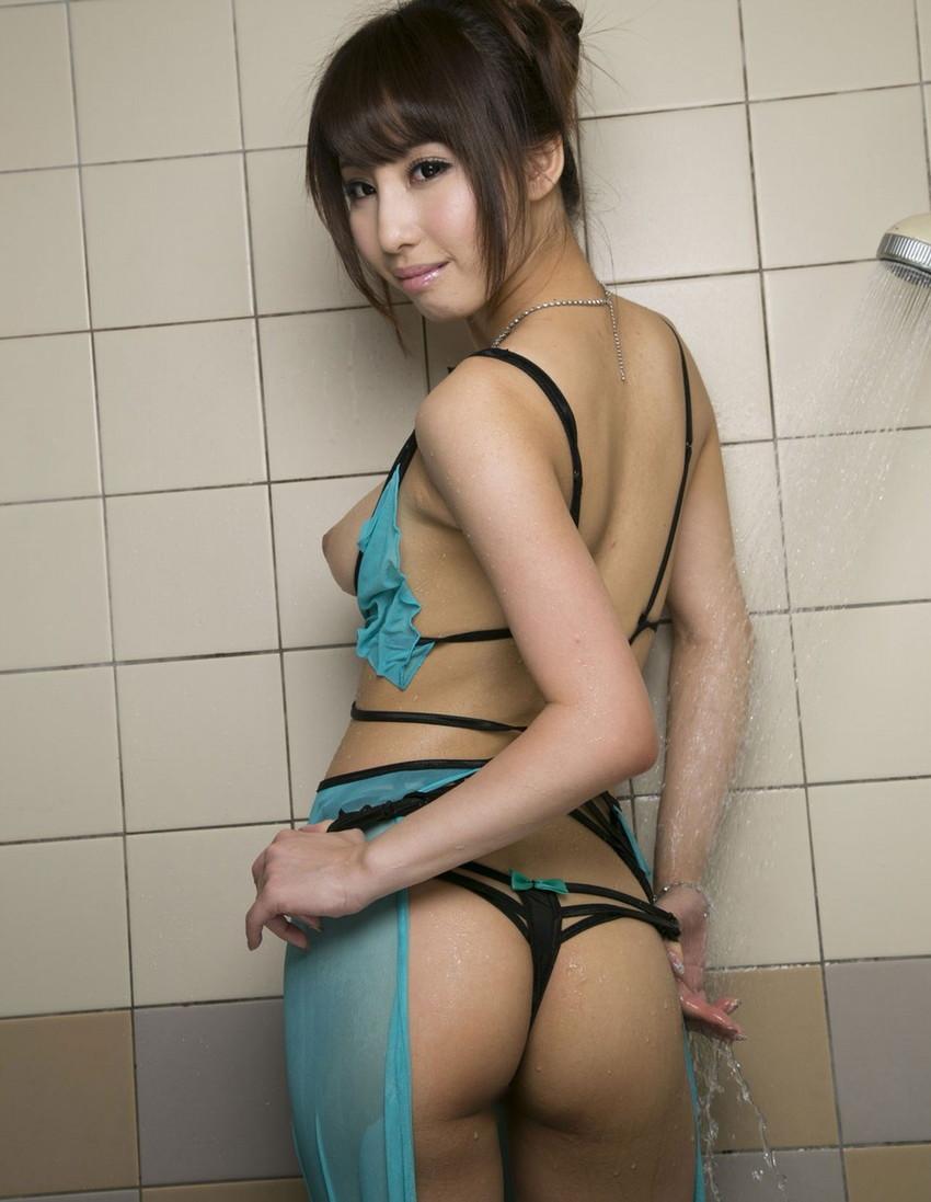 【あやみ旬果エロ画像】そのおっぱいに技有り!エロい乳輪、乳首が堪らないAV女優! 44