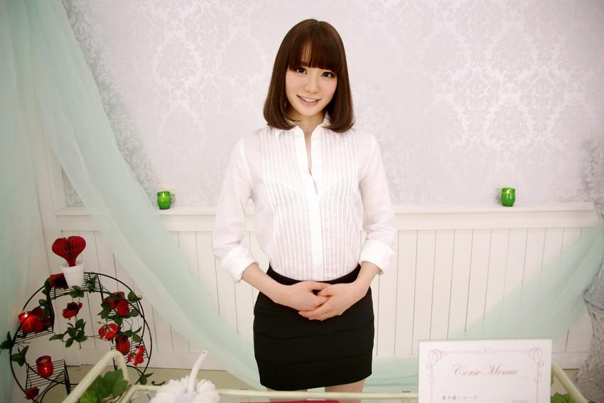 【鈴村あいりエロ画像】可愛いルックスと巨乳ではないが超がつくほどの美乳のAV女優 06