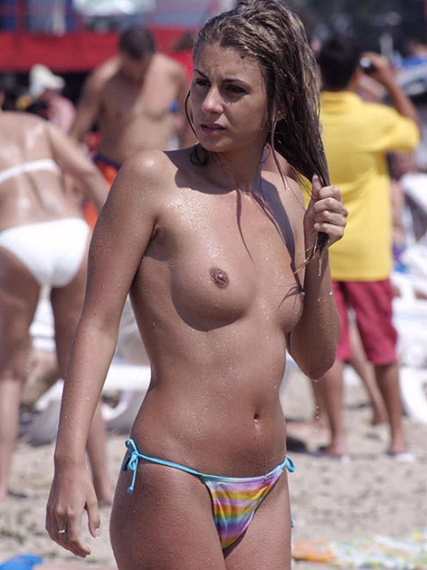 【ヌーディストビーチエロ画像】海外にいったら一度は足を運びたい!ヌーディストビーチ 19