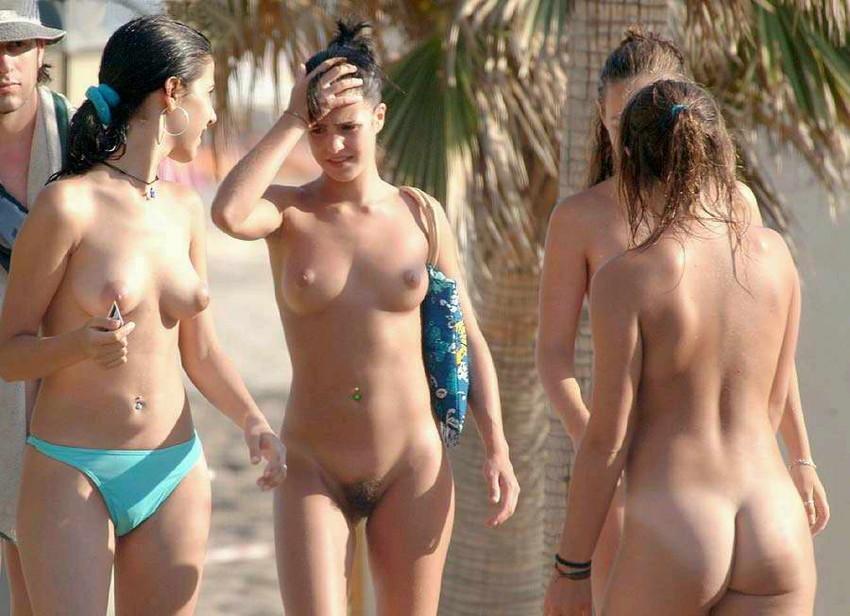 【ヌーディストビーチエロ画像】海外にいったら一度は足を運びたい!ヌーディストビーチ 50