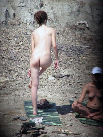 【ヌーディストビーチエロ画像】海外にいったら一度は足を運びたい!ヌーディストビーチ 05