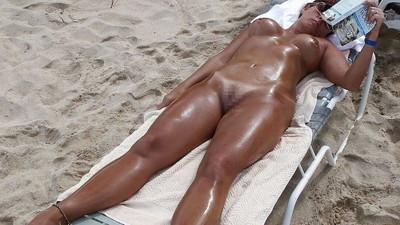 【ヌーディストビーチエロ画像】海外にいったら一度は足を運びたい!ヌーディストビーチ 11