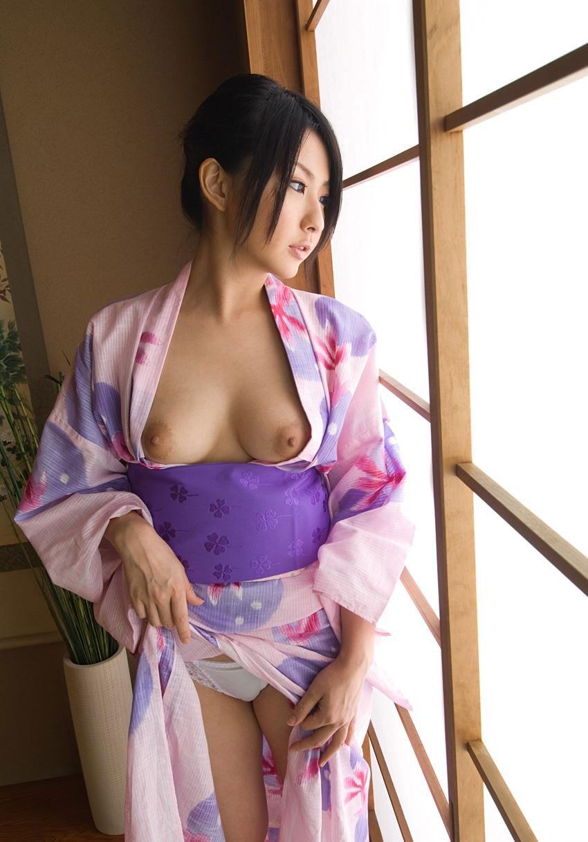 【和装エロ画像】日本人ならこういう画像は外すワケにはいかないだろ!? 27