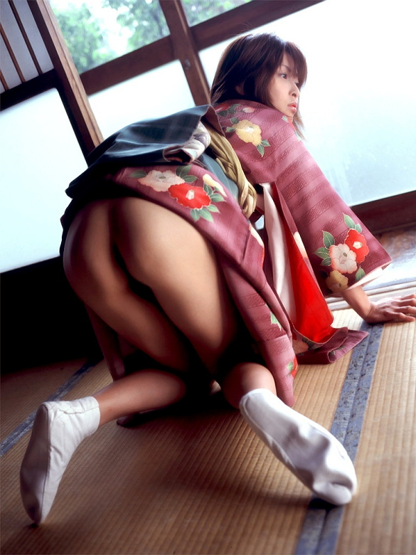 【和装エロ画像】日本人ならこういう画像は外すワケにはいかないだろ!? 55
