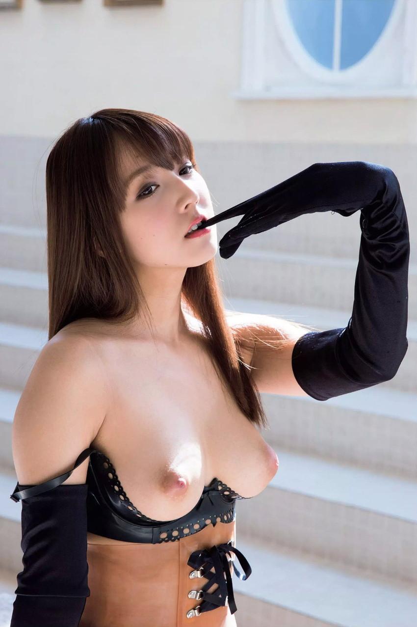【三上悠亜エロ画像】元SKEのメンバーでありながら現大人気のAV女優! 20