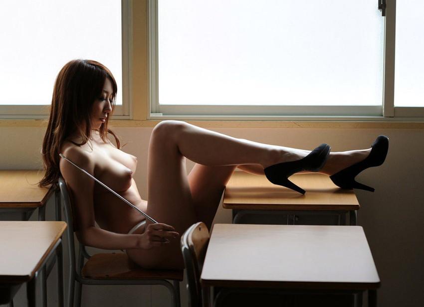 【女教師エロ画像】エッチな先生に夜の教育的指導を受けたいw(51枚) 37