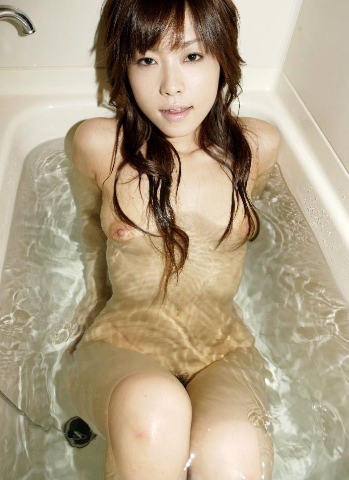 【ヌードエロ画像】美女の入浴姿が官能的で艶めかしいw(55枚) 05