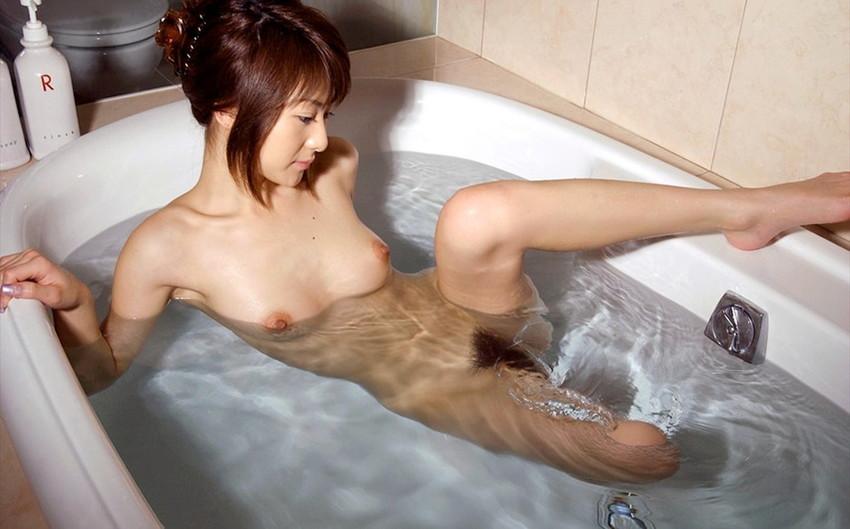 【ヌードエロ画像】美女の入浴姿が官能的で艶めかしいw(55枚) 52
