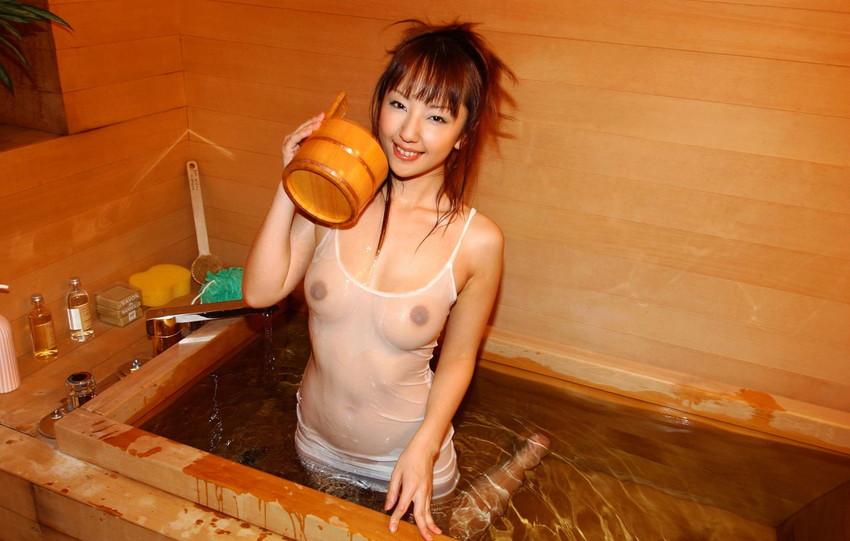 【ヌードエロ画像】美女の入浴姿が官能的で艶めかしいw(55枚) 55