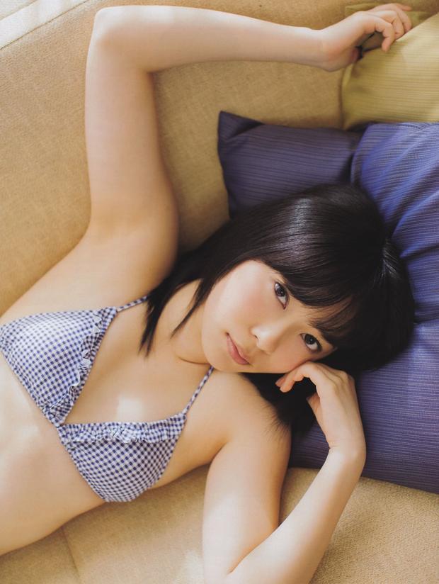 【グラビアエロ画像】HKT48指原莉乃の美脚がエッチなセクシー画像(50枚) 02