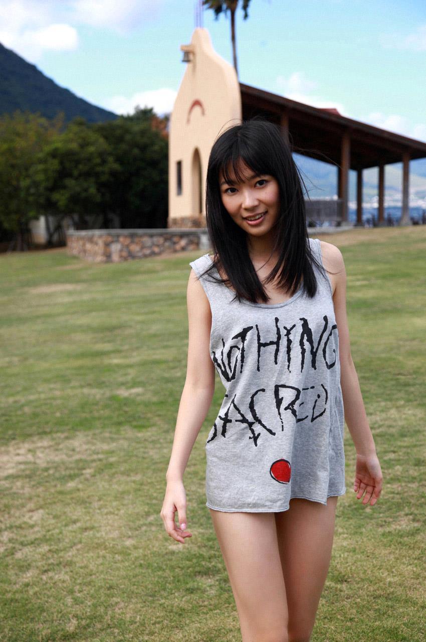 【グラビアエロ画像】HKT48指原莉乃の美脚がエッチなセクシー画像(50枚) 16