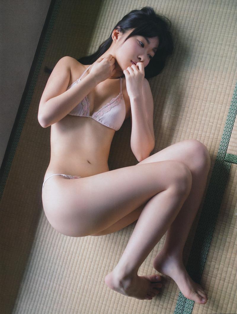 【グラビアエロ画像】HKT48指原莉乃の美脚がエッチなセクシー画像(50枚) 31