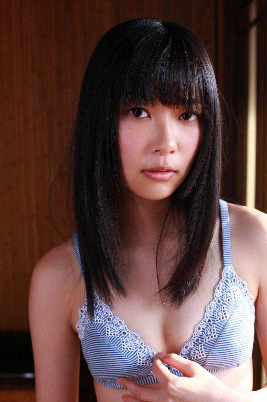 【グラビアエロ画像】HKT48指原莉乃の美脚がエッチなセクシー画像(50枚) 36