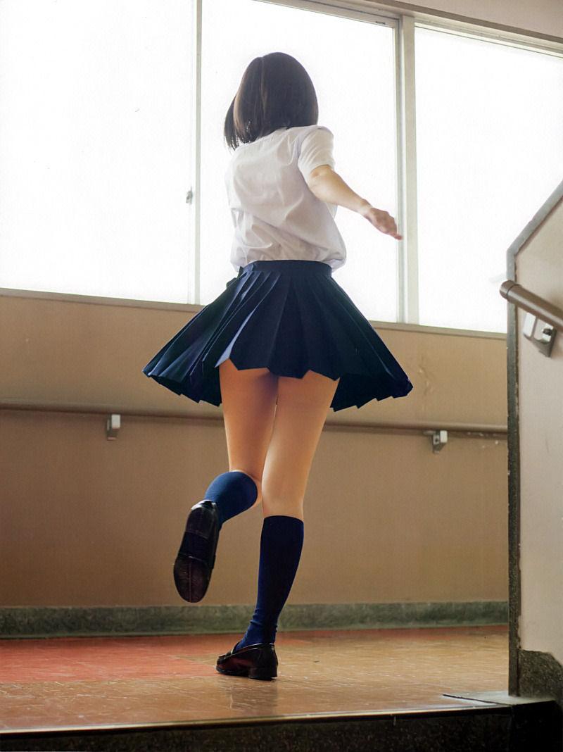 【グラビアエロ画像】HKT48指原莉乃の美脚がエッチなセクシー画像(50枚) 41