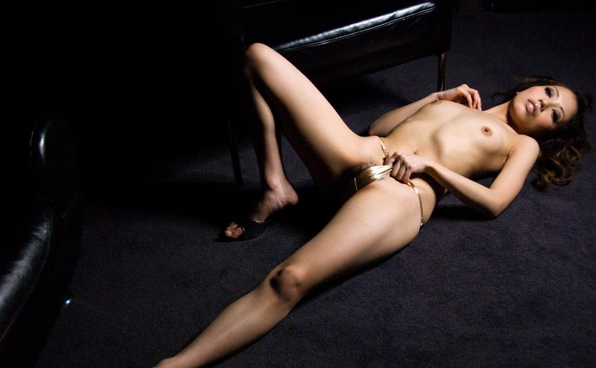 【ヌードエロ画像】清純派女優!横山美雪のスレンダーボディが堪能できるエロ画像!(54枚) 06