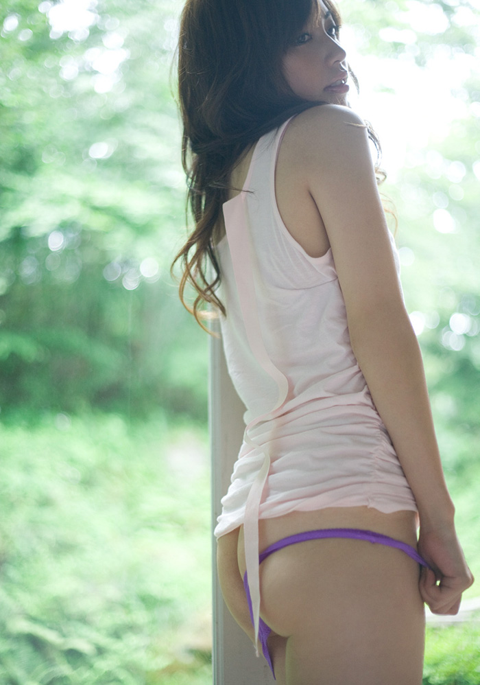 【ヌードエロ画像】清純派女優!横山美雪のスレンダーボディが堪能できるエロ画像!(54枚) 11