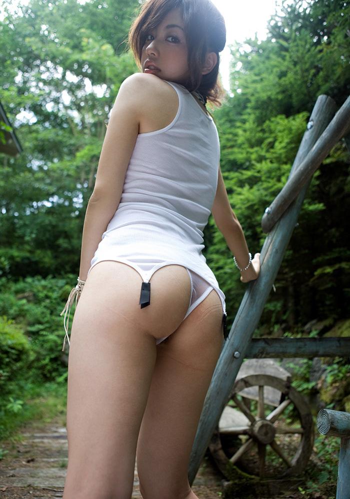 【ヌードエロ画像】清純派女優!横山美雪のスレンダーボディが堪能できるエロ画像!(54枚) 14