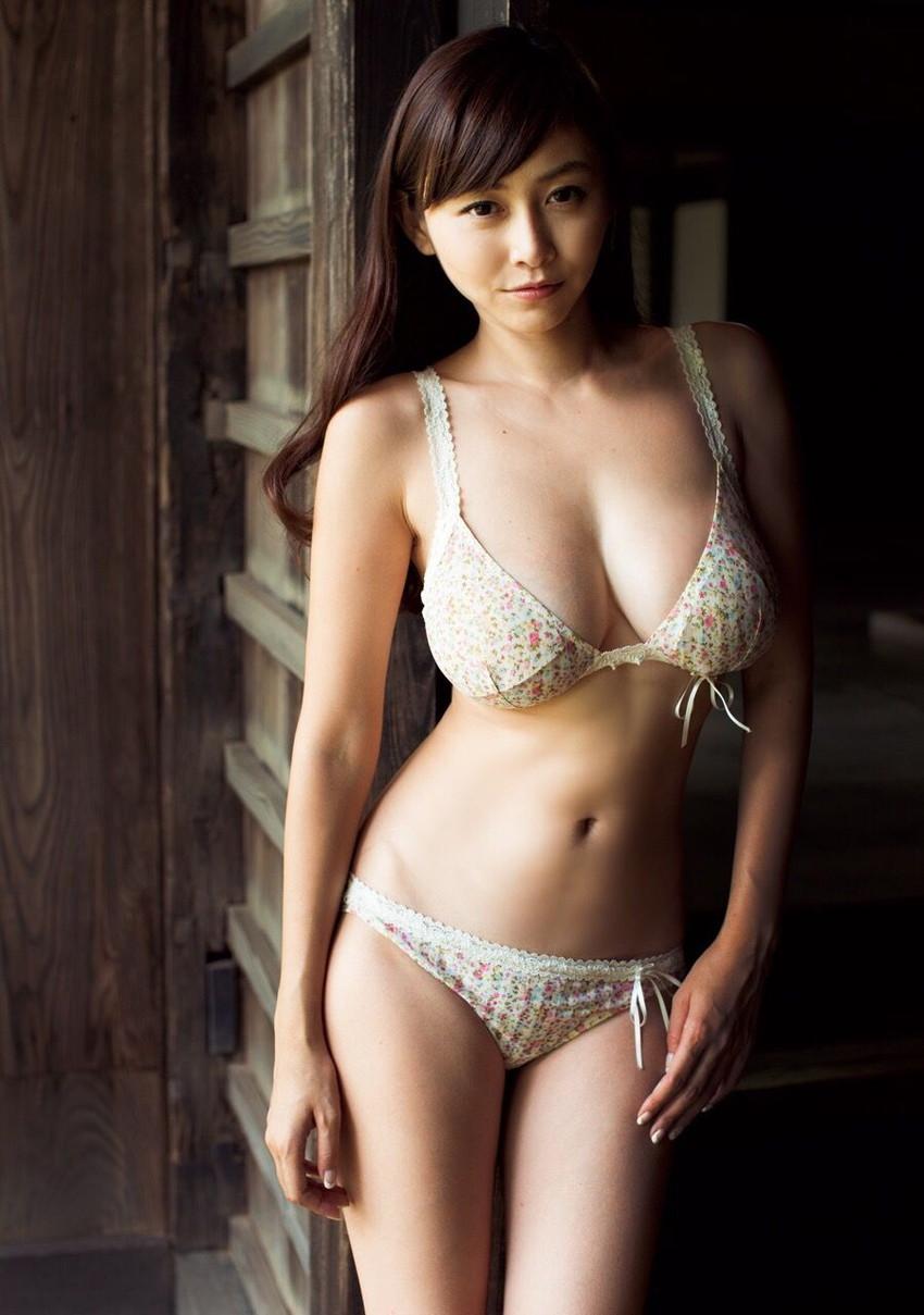 【グラビアエロ画像】杉原杏璃のセクシー姿に興奮w(53枚) 19