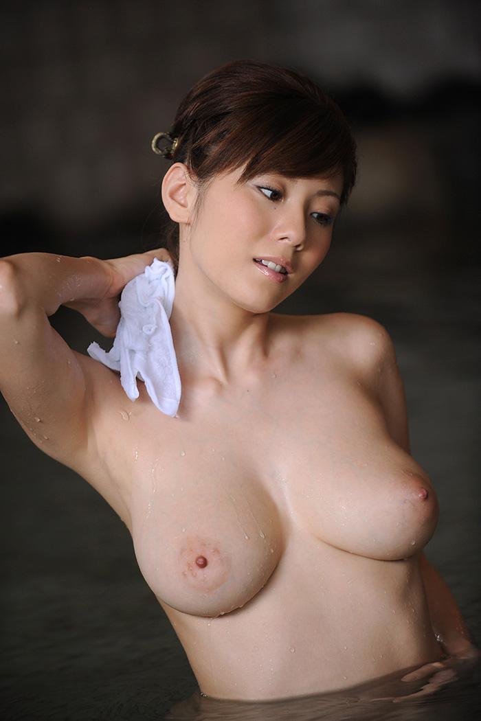 【ヌードエロ画像】麻美ゆまの豊満ボディがエロすぎるw(51枚) 40