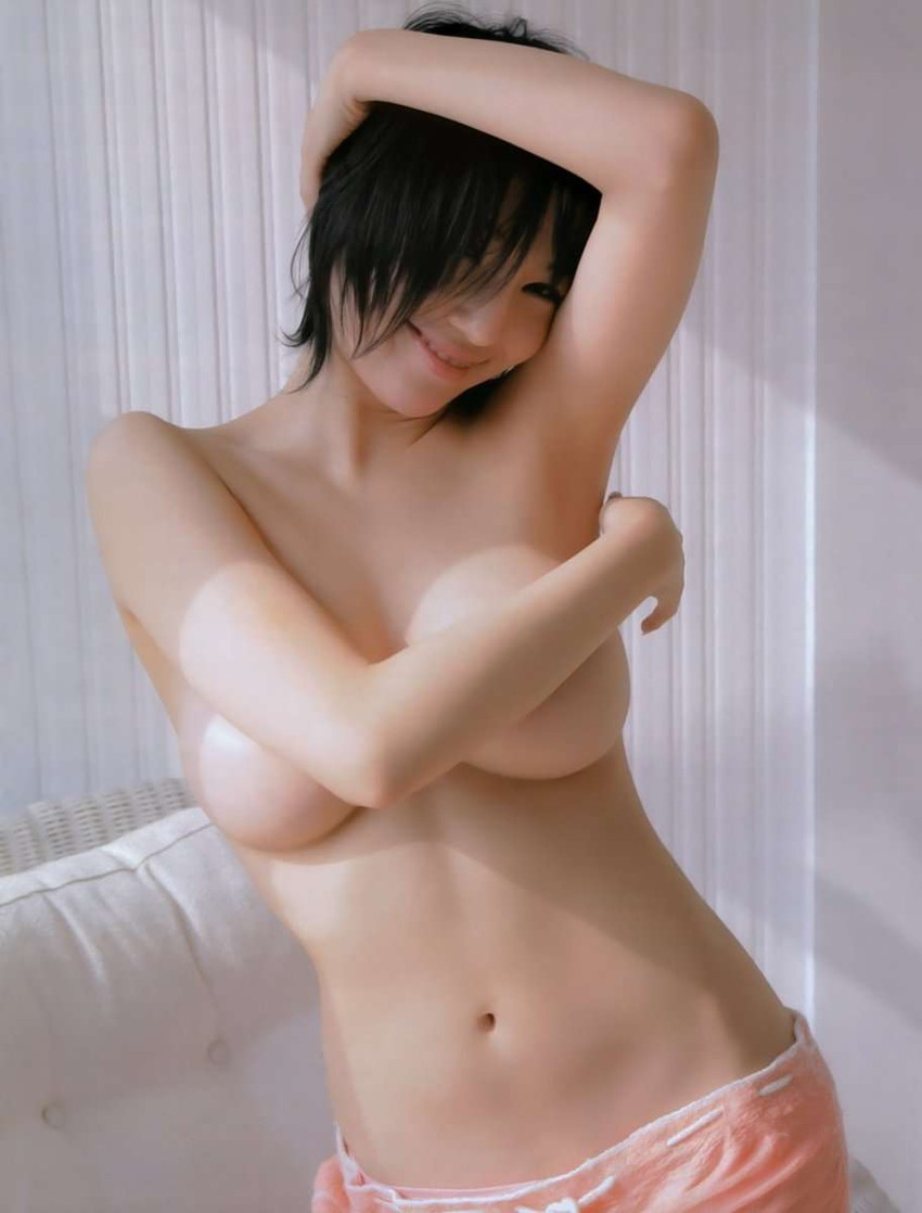 【手ブラエロ画像】おっぱいを手で隠す姿が艶めかしすぎるw(50枚) 47