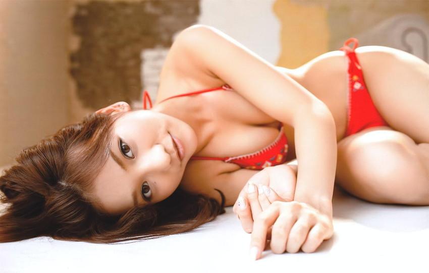 【グラビアエロ画像】AKB高城亜樹のセクシー画像に興奮w(50枚) 33
