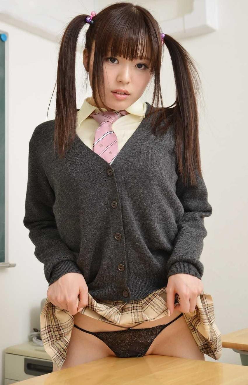 【髪フェチエロ画像】天使のように可愛いツインテール美少女のエロ画像(52枚) 09