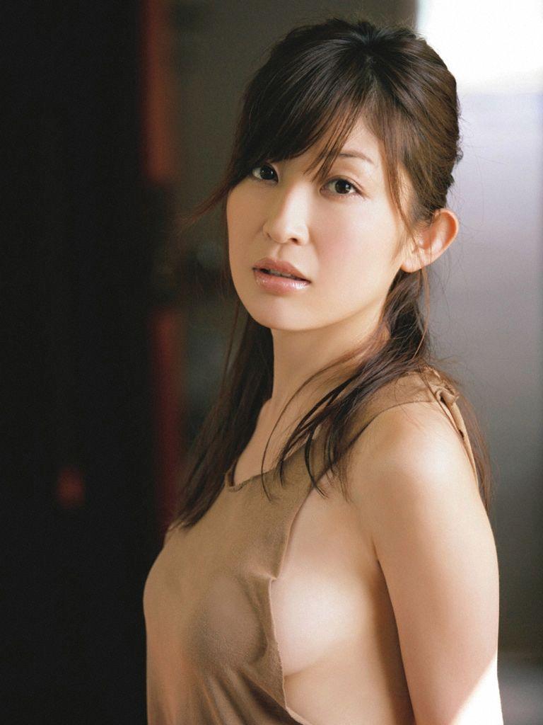 【グラビアエロ画像】昔も今も大人気な小野真弓のセクシー画像(50枚) 28