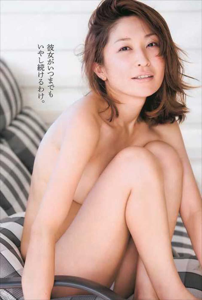 【グラビアエロ画像】昔も今も大人気な小野真弓のセクシー画像(50枚) 30