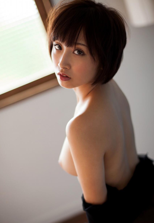 【ヌードエロ画像】きみと歩美の色白美麗ボディがぐうエロw(50枚) 25