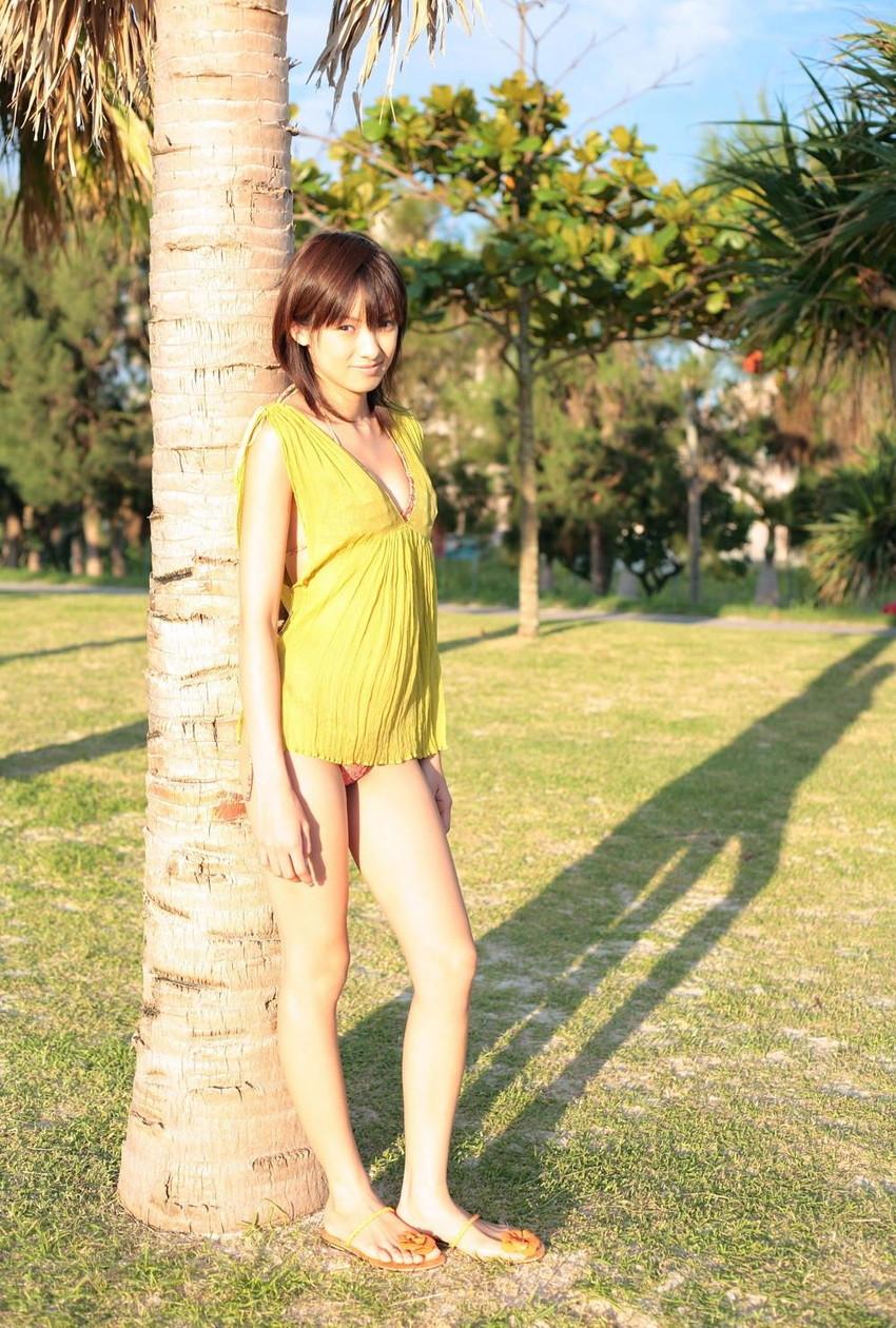 【グラビアエロ画像】南明奈のセクシー画像!アッキーナのビキニ姿がエロ可愛いw(53枚) 17