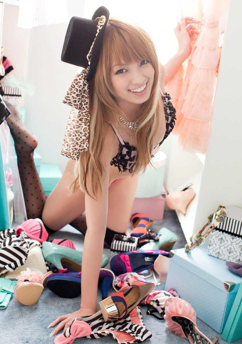【グラビアエロ画像】南明奈のセクシー画像!アッキーナのビキニ姿がエロ可愛いw(53枚) 23