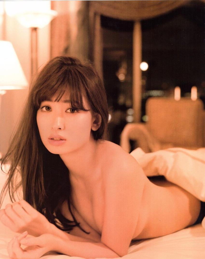【ぽちゃ胸エロ画像】最高にエロいAKB小嶋陽菜のセクシー画像w(50枚) 24