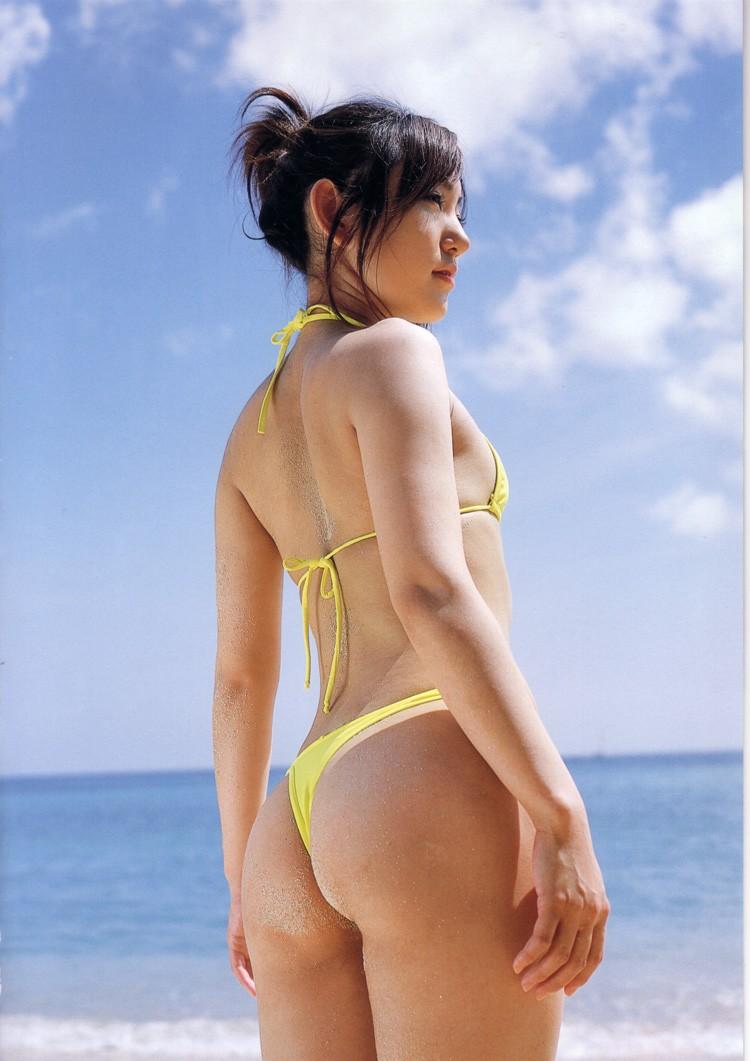 【紐水着エロ画像】まるで裸のような過激水着姿がエロすぎるw(50枚) 10
